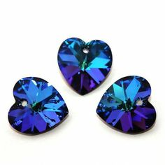 6228 Xilion Heart 18mm Heliotrope Dimensions: 18,0x17,5 mm Colour: Heliotrope 1 package = 1 piece 1 Piece, Swarovski Crystals, Hearts, Crafty, Colour, Color, Colors