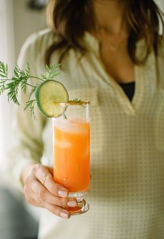 """""""What's Up Doc"""" Carrot-Ginger Cocktail"""