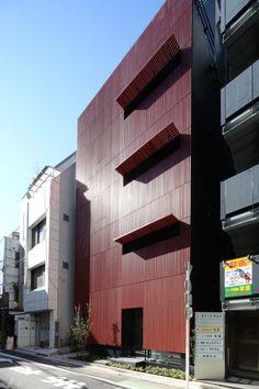 Komachi Building / Key Operation