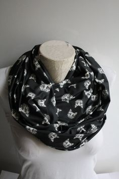 Cat Scarf Black Cat Scarf Cat Print Infinity Scarf Women Accessories  Gift for Her by dreamexpress from dreamexpress on Etsy. Find it now at http://ift.tt/29GqLUr!