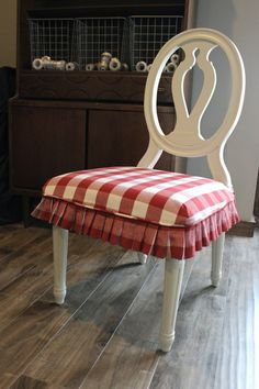 Dining Room Chair Cushion Covers Luxury Red and White Buffalo Check Slipcovers for Dining Chairs Seat Covers For Chairs, Reupholster Chair Dining, Slipcovers For Chairs, Red Dining Room, Dining Room Chairs, Furniture Upholstery, Dining Chairs, Living Room Upholstery, Couch Upholstery