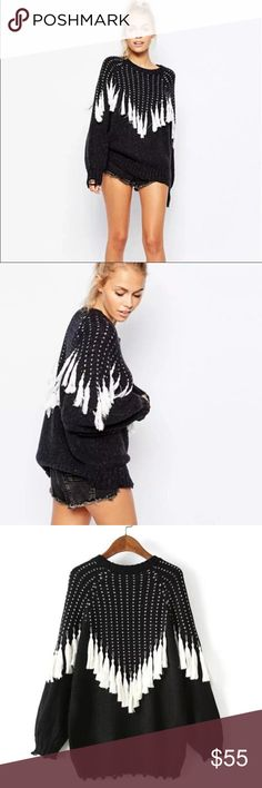 Super soft and playful cable knit fringe sweater ✨💫This soft and flirty cable knit sweater features fringes on the front. It is stretchy and thick. Wear this with ur favorite pair of jeans or leggings to get that perfect look. Easy to coordinate with any outfit. Super comfy. New. Sweaters