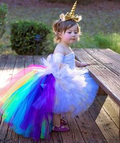 This beautiful, full high-low unicorn tutu is made with plenty of yards of fluffy, full white and gold tulle in the front and a rainbow tail in the back. Gold Tulle, Tulle Tutu, Kids Tutu, Baby Tutu, Birthday Tutu, Unicorn Birthday, Tulle Shop, Princess Toys, Rainbow Tutu