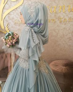 56 Ideas for bridal hijab pakistani Muslimah Wedding Dress, Muslim Wedding Dresses, Muslim Brides, Pakistani Bridal Dresses, Muslim Dress, Bridal Hijab, Hijab Bride, Bridal Gowns, Wedding Hijab Styles