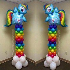Resultado de imagem para my little pony birthday party ideas My Little Pony Birthday Party, Unicorn Birthday Parties, Unicorn Party, Rainbow Dash Party, Rainbow Birthday, 4th Birthday, Birthday Ideas, My Little Pony Balloons, Cumple My Little Pony