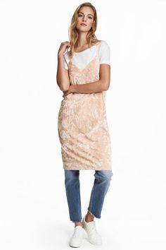 Платье из битого бархата - Светло-бежевый - Женщины   H&M RU 1