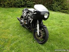 La Yamaha 600 Fazer de Nico...