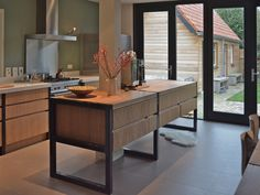 1930's house renovated| VIVA VIDA|desing and realization of kitchen| interior design, styling