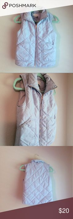 Boutique Powder Blue Quilted Vest Rose gold hardware. Gorgeous condition except for a minor string on the back that can be cut. Francesca's for exposure. Francesca's Collections Jackets & Coats Vests