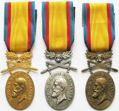 Orders and Medals: Perioada Regalista Steampunk, Bracelets, Jewelry, Home, Jewlery, Jewerly, Schmuck, Jewels, Jewelery