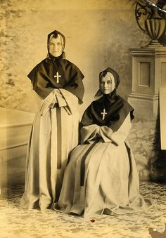 """2 sisters of my great grandfather."""