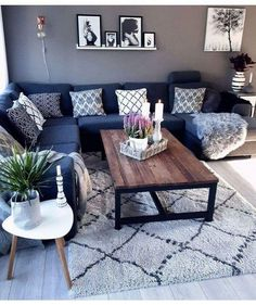 19 cozy small living room decor ideas for your apartment. 18 cozy small living room decor ideas for your apartment. 19 cozy small living room decor ideas for your apartment Living Room Grey, Living Room Interior, Home Living Room, Blue Living Room Furniture, Cozy Living, Living Room Decor Colors Grey, Navy Blue And Grey Living Room, Dark Blue Couch, Black Furniture