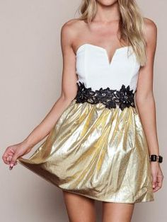 Shop White And Golden Contrast Bandeau  Applique Waist Dress from choies.com .Free shipping Worldwide.$19.9