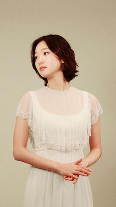 Kim go eun Korean Short Hair, Korean Girl, Asian Girl, Korean Actresses, Korean Actors, Kim Go Eun Goblin, Goblin Korean Drama, Dj Alex, Goblin Kdrama