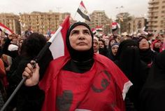 Protest at Egypt president's palace turns violent http://www.uticaod.com/features/x1926895203/Protest-at-Egypt-presidents-palace-turns-violent#