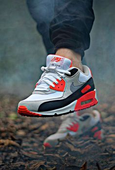 Nike Air Max 90 'Infrared' (by Dominik Ulrich‎)