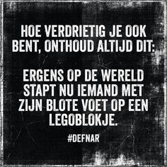 Even relativeren.. haha Like Quotes, Words Quotes, Funny Quotes, Sayings, Funny Pics, Funny Stuff, Dutch Words, Motivational Quotes, Inspirational Quotes