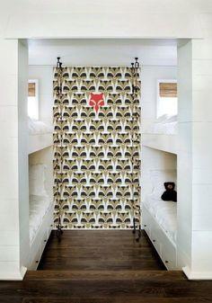 We just love raccoons, friend of wolves :-) Raccoon - Sterk design via Behangfabriek.com
