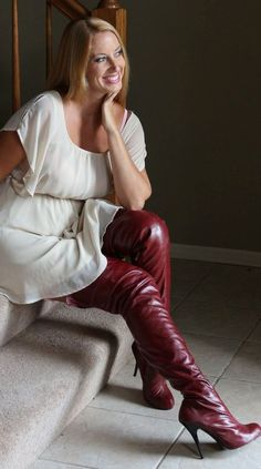 Afbeeldingsresultaat voor pics of women wearing red over knee boots Thigh High Boots, High Heel Boots, Knee Boots, High Heels, Shoes Heels, Crotch Boots, Leder Boots, Sexy Stiefel, High Leather Boots