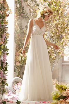 Classic Romantic Rustic Shabby Chic Ivory White $ - $700 and under A-line Beading Chiffon Empire Floor Mori Lee Sleeveless Spaghetti Straps Spring Summer V-neck Wedding Dresses Photos & Pictures - WeddingWire.com