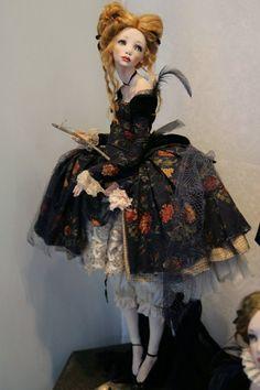 All about dolls - Картинки с выставки: блеск и нищета...