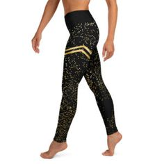 New leggings online, discover our newest sportsfashion on our webshop Striped Leggings, Gold Stripes, Gadgets, Workout, Sport, Film, Pants, Clothes, Shopping