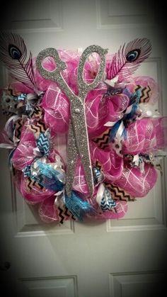 Mesh Ribbon Wreaths, Ribbon Garland, Hair Wreaths, Easter Wreaths, Christmas Wreaths, Christmas Decorations, Craft Gifts, Diy Gifts, Home Hair Salons