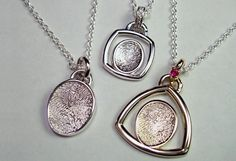 First Impressions® fingerprint jewelry is made from the actual fingerprints of your kids, family, and loved ones! Holiday Gift Guide, Holiday Gifts, Sustainable Gifts, Sustainable Style, Environmentally Friendly Gifts, Fingerprint Jewelry, Mother Rings, Green Gifts, Stylish Jewelry