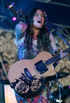 Julia Stone, Music Instruments, Guitar, Guitars, Musical Instruments