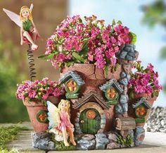 Fairy Garden House Planter See more fairies on our website. Fairy Crafts, Garden Crafts, Garden Projects, Mini Fairy Garden, Fairy Garden Houses, Decoration Evenementielle, Lawn Decorations, Fairy Furniture, Furniture Design