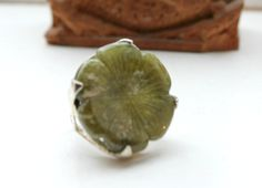 Large #Stone, #Green #Jade #Clover #Ring, #Wisdom, #Balance, #Peace, #Gemstone, #Healing, #Magic, #Dream Stone, #Blessing, #Protective, #Powerful #Amulet by DurgaUniverse on Etsy