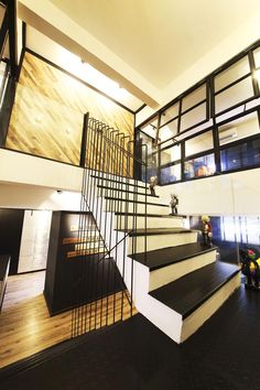 Bedok Reservoir, Industrial Executive Maisonette HDB Interior Design, Stairs Staircase Architecture, Staircase Design, Mendoza, Open Concept Home, Toilet Design, Apartment Interior Design, Home Renovation, Furniture Design, Stairs