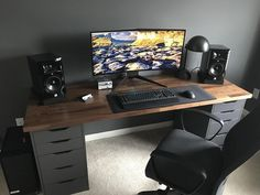 home decor desks video game room ideas to maximize your gaming experience at home 11 ~ mantu. video game room ideas to maximize your gaming experience at home 11 ~ mantulgan. Setup Desk, Computer Desk Setup, Gaming Room Setup, Home Office Setup, Pc Setup, Home Office Design, Office Desk, Ikea Pc Desk, Ikea Gaming Desk