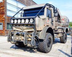 Zombie Survival Vehicle, Bug Out Vehicle, Mercedes Benz Unimog, Mercedes Benz Trucks, Diesel Trucks, Pickup Trucks, Mad Max, Overland Trailer, Expedition Vehicle