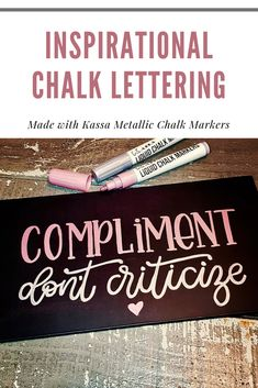 The most popular metallic chalk markers on the market! The ideal tool for drawing or writing on a blackboard, glass and window. Hand Lettering Art, Chalk Lettering, Creative Lettering, Letter Art, Letters, Water Brush Pen, Chalk Ideas, Chalk Ink, Liquid Chalk
