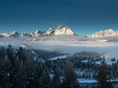 Book your ski vacation now. Jackson Hole has skiing and snowboarding for beginners, intermediates, and experts. It's easy to get to Jackson Hole ski resort, so check out our webcam, snow report, groomed conditions and forecast for your next ski trip.