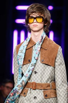 Gucci - Spring 2016 Menswear - Look 1 of 112