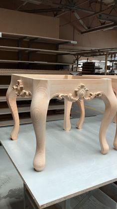 Handmade Wood Furniture, Wood Furniture Legs, Diy Pallet Furniture, Deco Furniture, Woodworking Furniture, Furniture Makeover, Furniture Design, Wooden Dining Table Designs, Tea Table Design