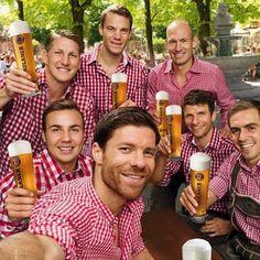 Thomas Müller Football Love, Football Players, Fc Hollywood, Mario Gotze, Thomas Muller, Dfb Team, Bastian Schweinsteiger, Fc Bayern Munich, Monday Humor