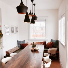 How to Give Your Space Good Vibes in 2019, According to an Energy Healer Rv Homes, Home Decor Kitchen, Kitchen Nook, Kitchen Dining, Dining Room Colors, Kitchen Colors, Dining Room Design, Dining Nook, Rancho