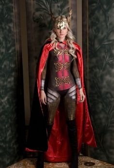 Interesting take Thor Girl, Thor Cosplay, Female Thor, Rule 63, Avengers, Princess Zelda, Lady, Fictional Characters, The Avengers