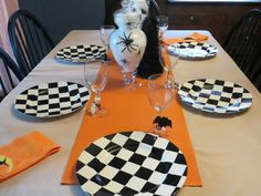 Creepy Halloween Table - Through the Eyes of the Mrs.