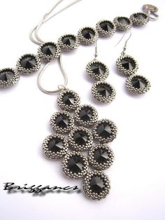 Briggancs: Pendants and Necklaces