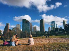 Buffalo Bayou Park feat. Houston Skyline