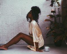 Of Course Black is Beautiful: Photo Black Girl Magic, Black Girls, Beautiful Black Women, Beautiful People, Afro, Black Girl Aesthetic, Brown Aesthetic, Merian, Black Goddess