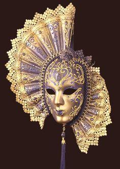 Venetian mask - for when I go to Venezia one day :) Venetian Masquerade Masks, Venetian Carnival Masks, Carnival Of Venice, Masquerade Party, Masquerade Attire, Carnival Girl, Masks Art, Beautiful Mask, Fantasy