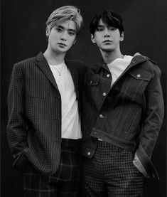 Doyoung with Jaehyun 💚 사랑해 _ _ K Pop, Nct Doyoung, Kim Jongin, Korean Couple, Jaehyun Nct, Nct Taeyong, Picture Credit, Belle Photo, Nct Dream