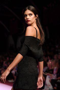 Sara Sampaio walks the runway at the Dolce & Gabbana S/S18 show during Milan Fashion Week on September 24th, 2017.