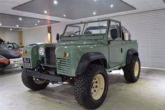 Looking for used Land Rover Defender cars? Find your ideal second hand used Land Rover Defender cars from top dealers and private sellers in your area with PistonHeads Classifieds. Landrover Defender, Landrover Serie, Beach Cars, Offroader, Expedition Vehicle, Vw T1, 4x4 Trucks, Range Rover, Trucks