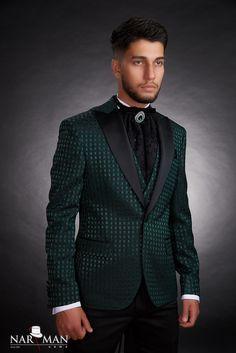 poza3 produs Smoking Verde, Groom Tuxedo, Nasa, Bride Groom, Casual Shirts, Costumes, Suit Jacket, Breast, Mens Fashion